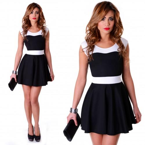 Rozkloszowana sukienka czarno-biała P209