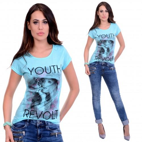 Stylowa bluzka -twarz kobiety REVOLT P683
