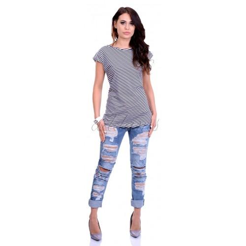 Piękna bluzka w stylowe paski P685