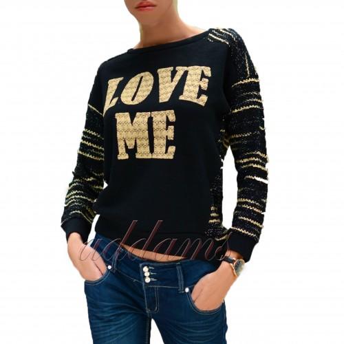 Sweterek ze stylowym napisem LOVE ME P631