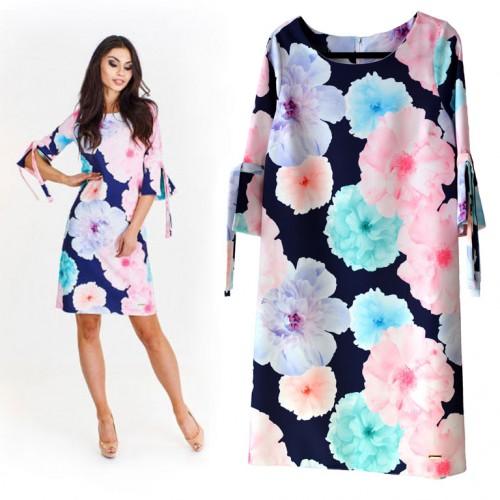 Sukienka granatowa w żywe kwiaty E11