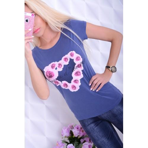 Modny rozciagliwy t-shirt bawełniany z sercem i kwiatkami P634