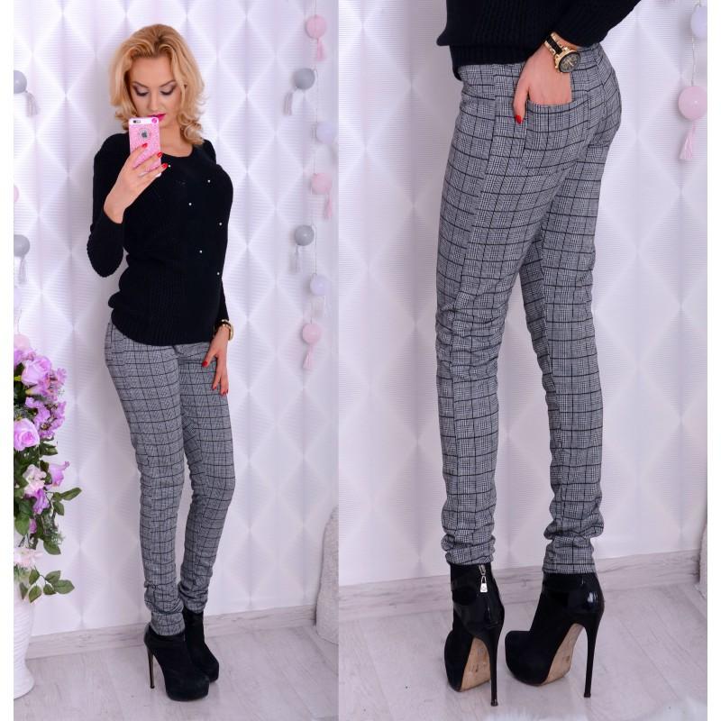 Eleganckie spodnie w kratkę P376