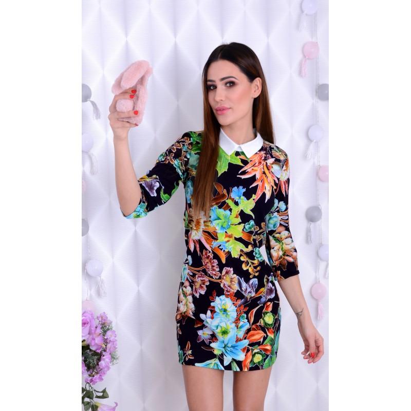 Sukienka w kwiaty z kołnierzykim P211