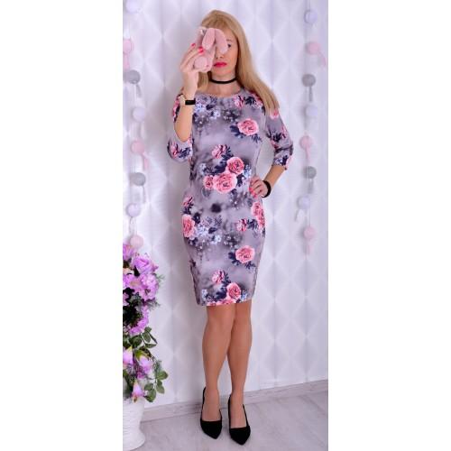 Dzianinowa sukienka w żywe kwiaty P237