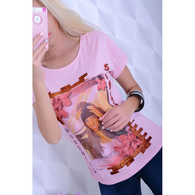 Modna bluzka twarz kobiety P689