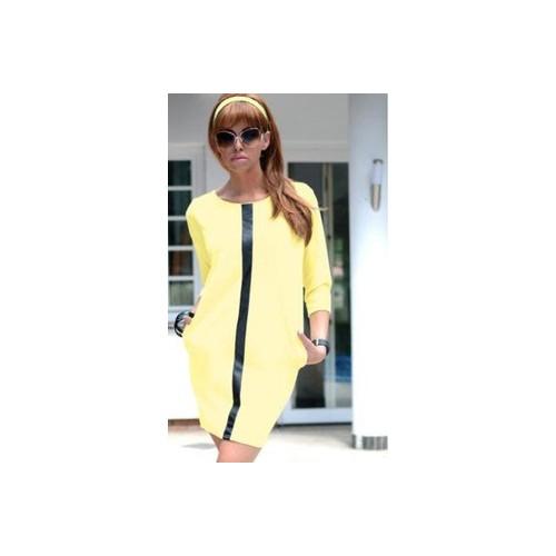 Żółta modna sukienka lacosta z czarną wstawką P260