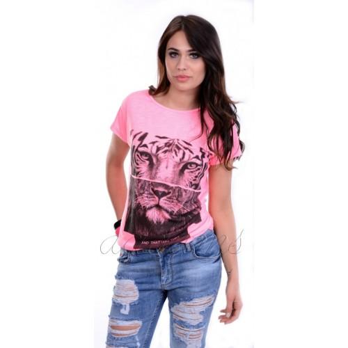 Piękna bluzka z motywem tygrysa P682