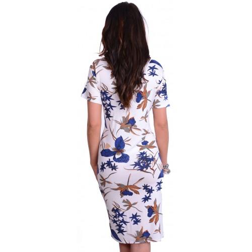 Sukienka dzianinowa w modne kwiaty P828