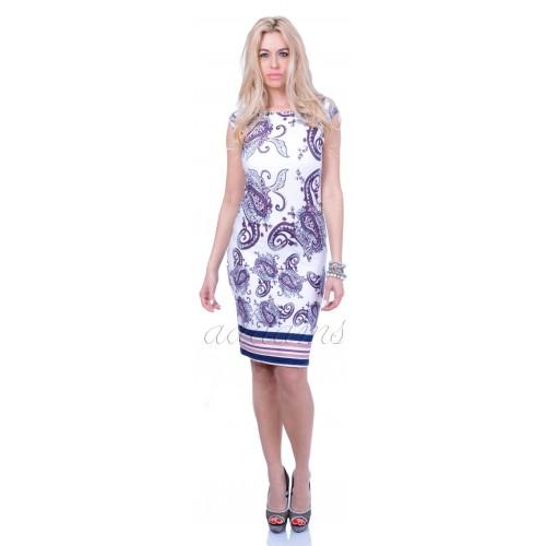 Wysmuklająca sukienka modne wzory P832